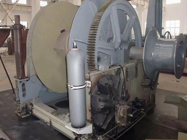 Se vende un cabrestante hidráulico marino de 25 toneladas
