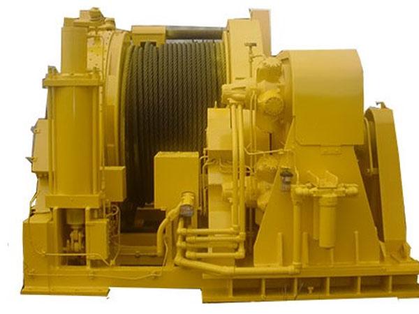 Se vende un cabrestante hidráulico de 70 toneladas para el amarre de barcos