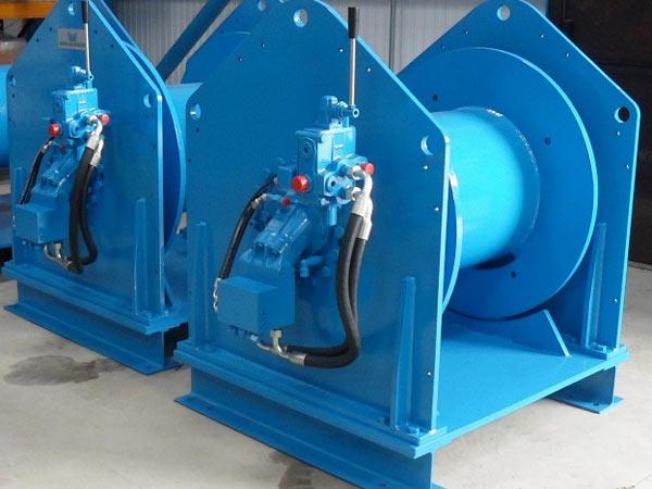 Cabrestante de remolque hidráulico en venta