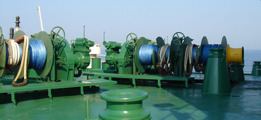 Different kinds of mooring winches