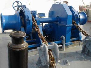 treuil tsigane à commande hydraulique
