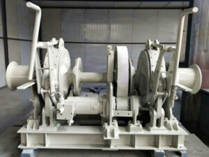 Treuil hydraulique d'ancrage de bateau