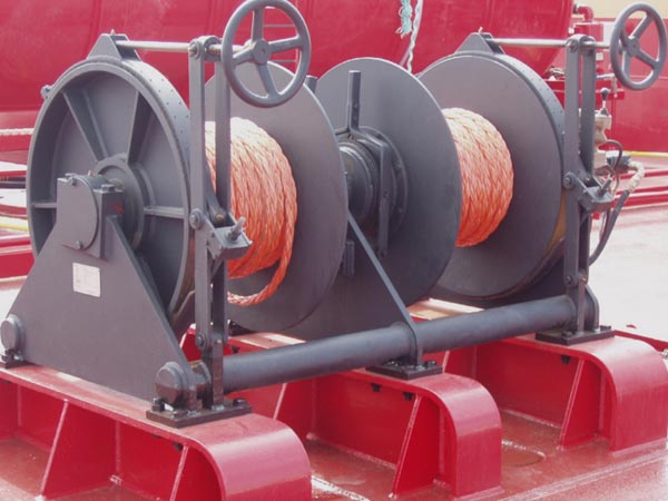 Barge winch