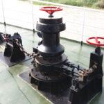 vertical anchor capstan winch