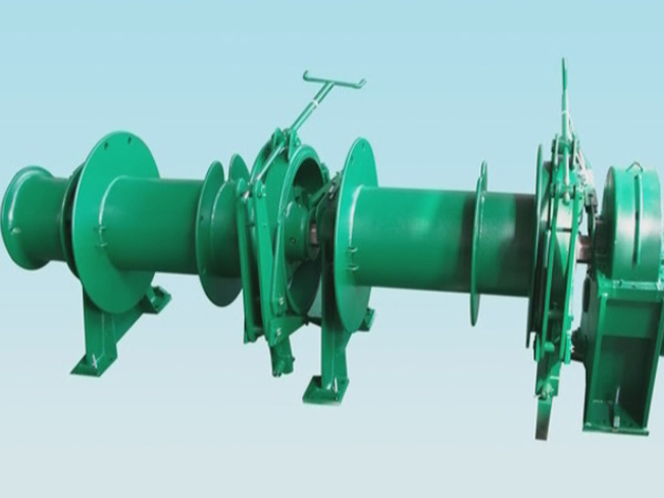 Double drum mooring windlass provided by Ellsen