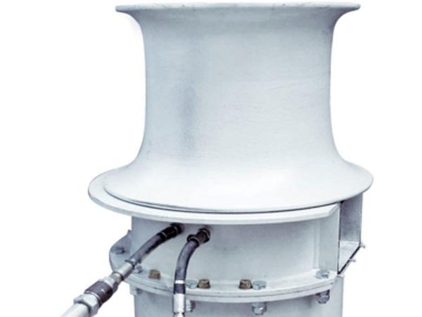 Hydraulic capstans