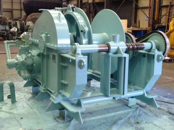 Hydraulic winch for boats supplied by Ellsen
