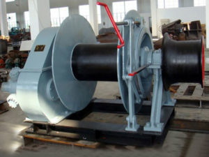 Single drum hydraulic marine winch