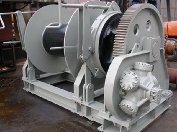 Hydraulic drum winch supplied by Ellsen