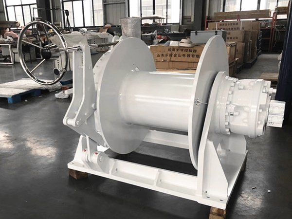 Single drum mooring winch for sale